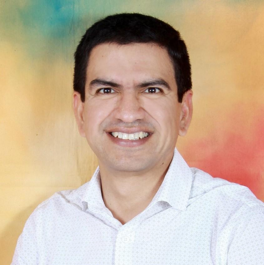 Dr. Ivan Maza